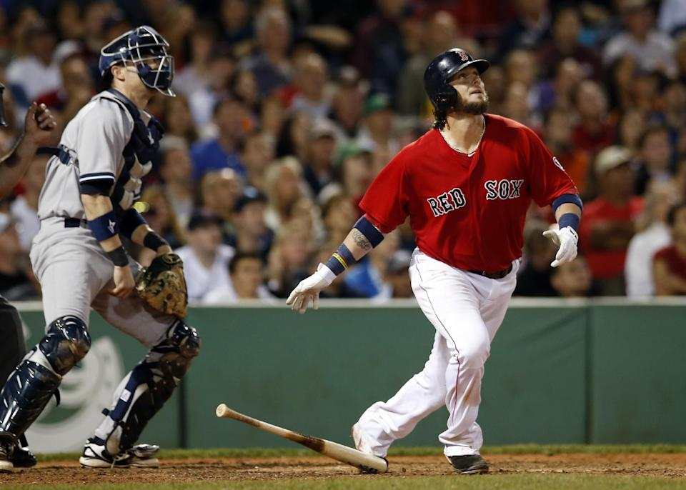 Saltalamacchia's slam lifts Sox past Yankees 8-4