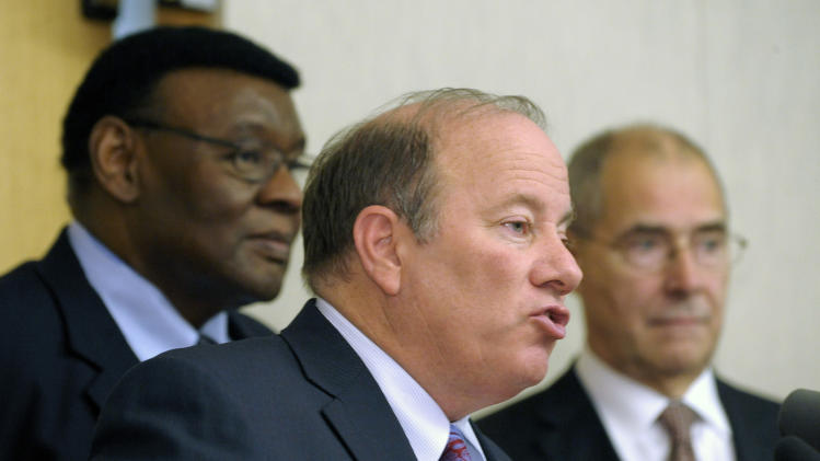 Deal reached on Duggan's role as Detroit mayor