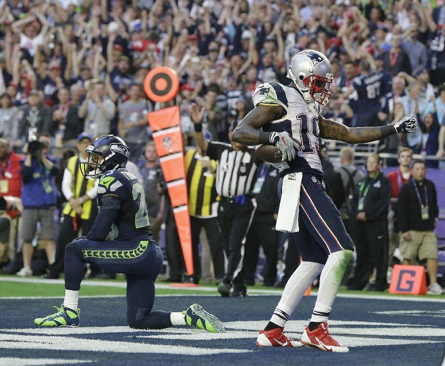 Brady's TD pass gives Patriots 7-0 lead over Seahawks