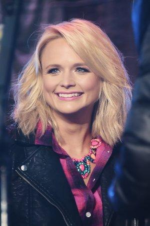 Miranda Lambert's Mom Welcomes Her Home For Thanksgiving With Sweet Care Package