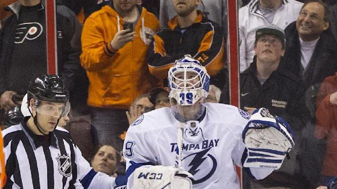 Lightning beat Flyers 6-3