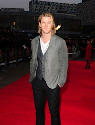 Chris Hemsworth will play an undercover cop with a dangerous past in Candy Store