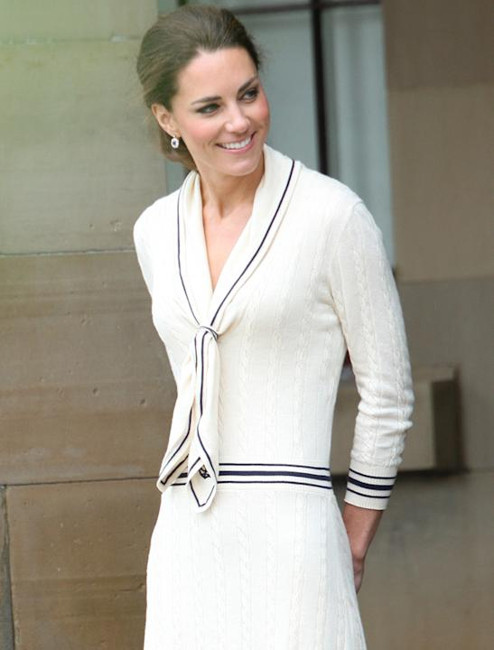Kate Middleton photos: Hello there sailor! Another day and another white look for Ms Middleton. The nautical look has been somewhat overdone but when it comes to Kate we really can't say a bad word.