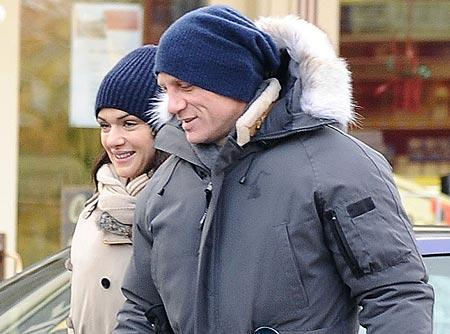4. Daniel Craig and Rachel Weisz