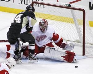 Red Wings drop injury-depleted Penguins 4-1