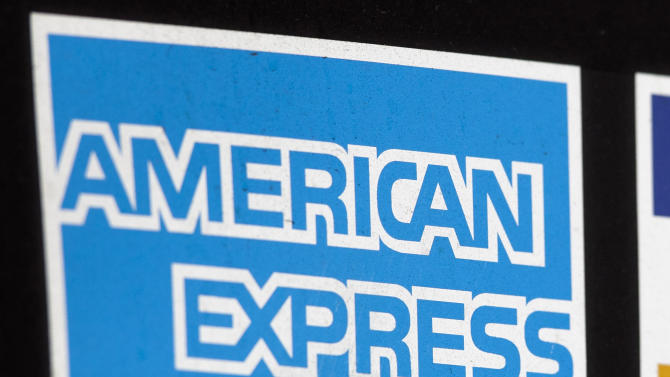 American Express profit inches higher in 3Q