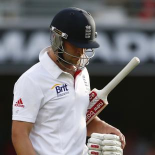 Give Trott time to recover - Cook