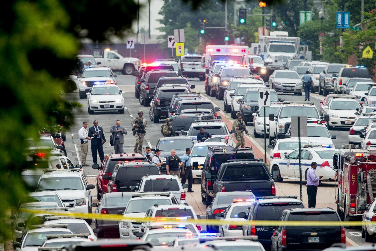 Washington Navy Yard on lockdown as police respond to reports of active shooter