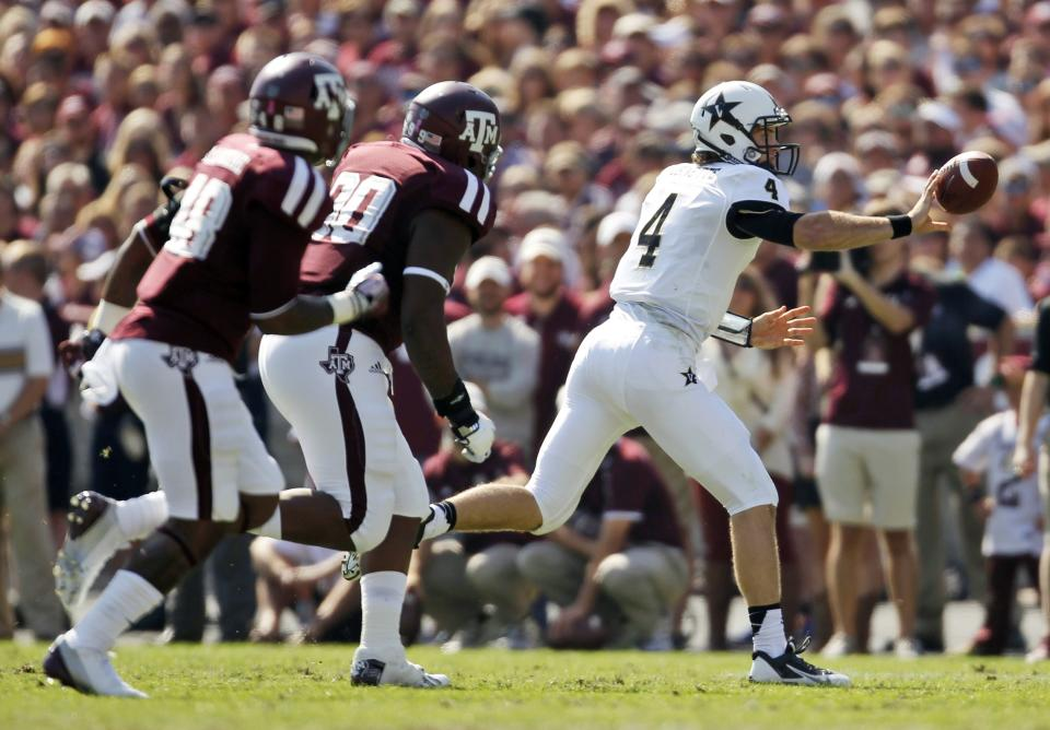 Manziel leads No. 14 A&M over Vanderbilt 56-24