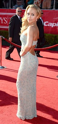 Hayden Panettiere is smoking hot in sequin Giorgio Armani dress at ESPY Awards