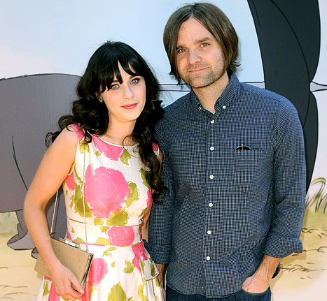 Zooey Deschanel Finalizes Divorce From Ben Gibbard