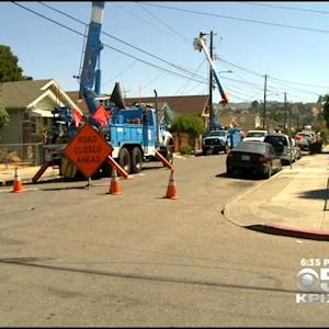 1 Electrocuted, 1 Seriously Hurt When Power Line Falls At Oakland July 4th Celebration