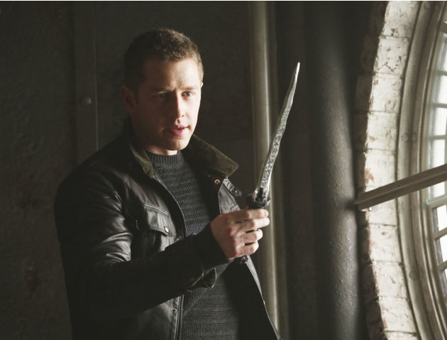 &quot;Once Upon a Time&quot; - &quot;The Queen is Dead&quot; JOSH DALLAS