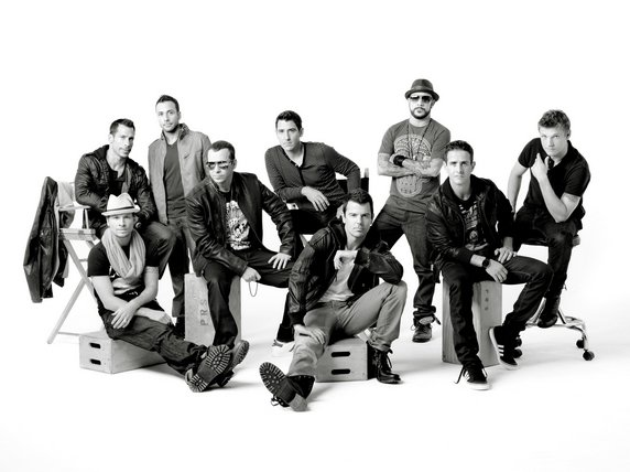 NKOTBSB : New Kids On The Block & Backstreet Boys réunis sur un album en bacs !