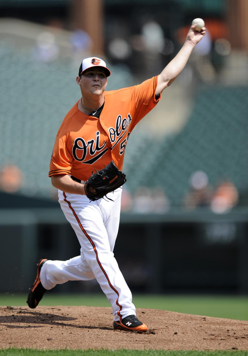 Baltimore Orioles starting pitcher Zach Britton delivers a pitch against the Chicago White Sox during the first inning of a baseball game, Thursday, Aug. 30, 2012, in Baltimore. (AP Photo/Nick Wass)
