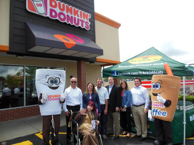 Eckrich and Dunkin' Donuts Honor 'Top Dog' Dad