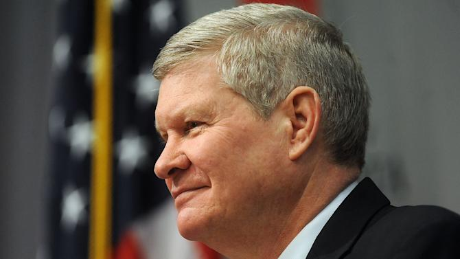 S.D. Senator Tim Johnson announces Tuesday, March 26, 2013 his retirement from the U.S. Senate after his term ends in early 2015 at the Al Neuharth Media Center in Vermillion, S.D. (AP Photo/Argus Leader, Jay Pickthorn)