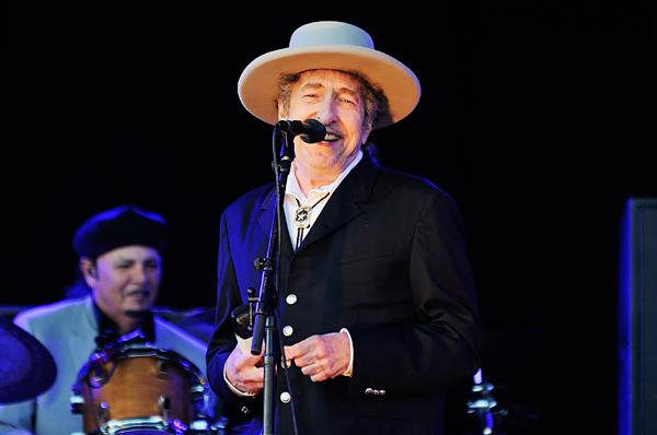 Bob Dylan Readies Iron Sculptures for Exhibit