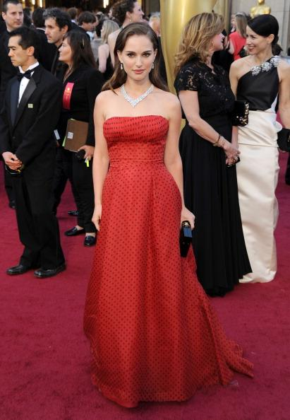 Oscars 2012: Red Carpet Arrivals (Slideshow)