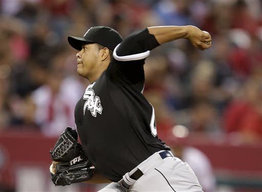 White Sox beat Angels 5-4 with 3 runs in 8th
