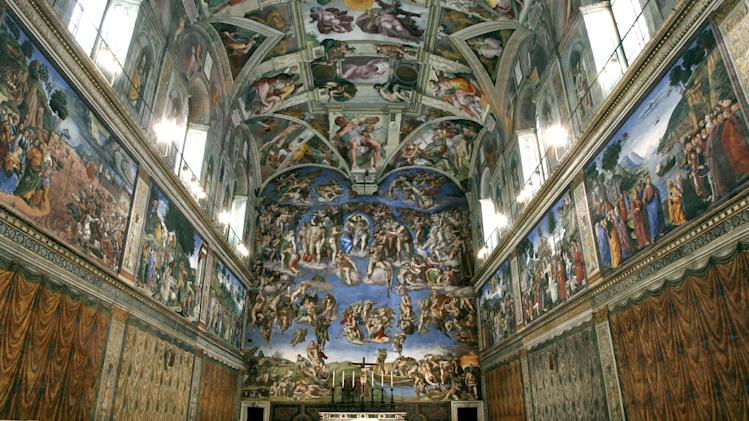 Despite volume, no plan to limit Sistine tourists