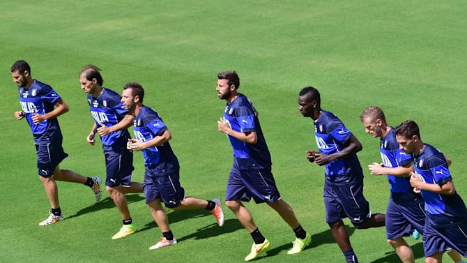 Italy's players take part in a training session at the Abc Frasqueiro Stadium in Natal, Brazil, on June 22, 2014, during the FIFA World Cup