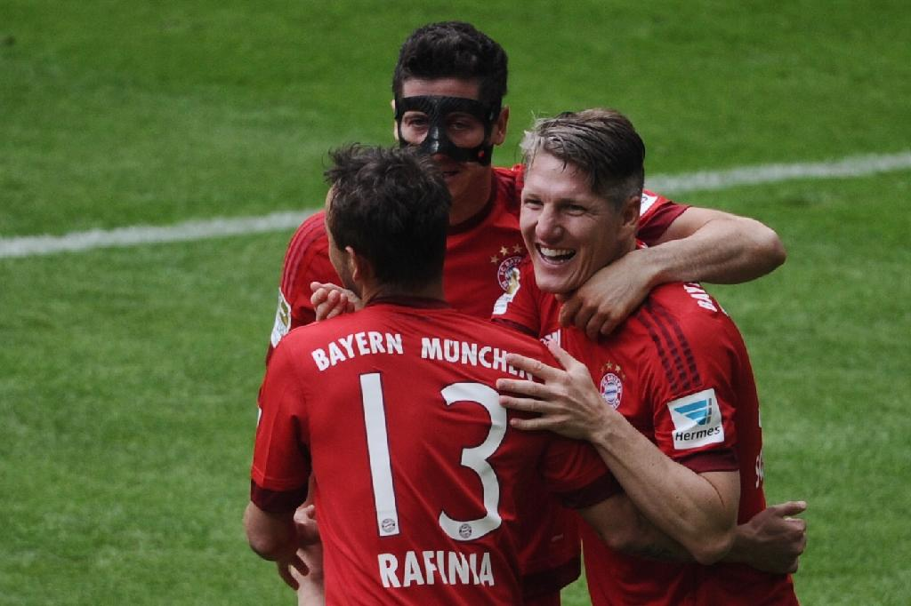 Champions Bayern sign off with win over Mainz