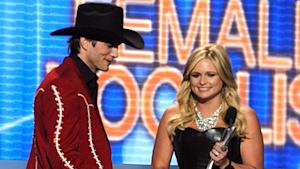 Country Stars Slam Kutcher for ACM Apperance
