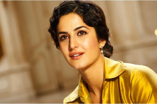 Katrina Kaif to raise oomph in 'Dhoom: 3'