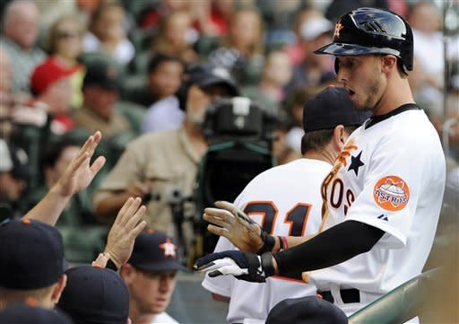 Altuve propels Astros to 5-4 win over Cardinals