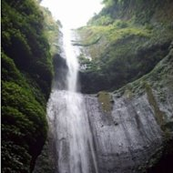 Indahnya Air Terjun Madakaripura