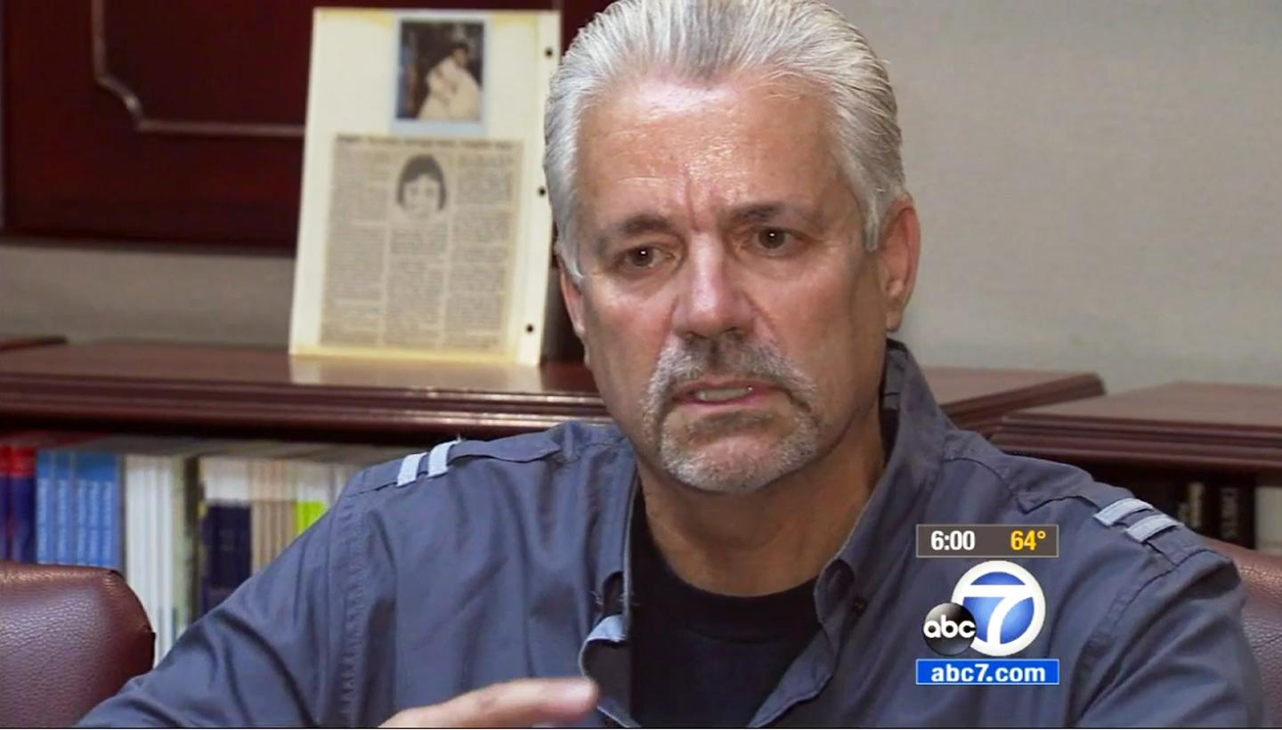 Officer reunited with newborn he found in dumpster in 1989