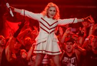 Madonna Swears at Smokers in Chilean Crowd