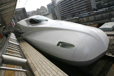 Long-delayed U.S. high-speed rail plans may ride on Texas express
