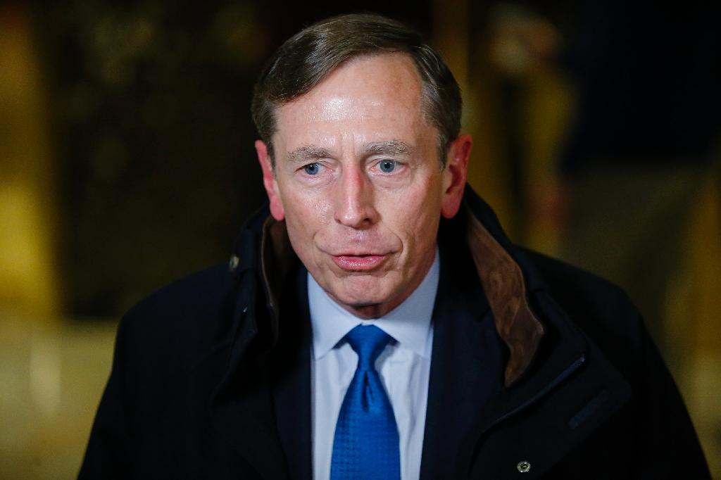 Petraeus sees 'downsides' to Iran nuclear pact
