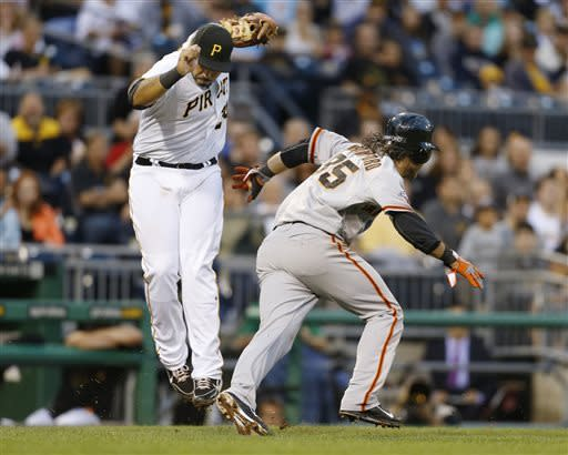 Giants spoil Morton's return, pound Pirates 10-0