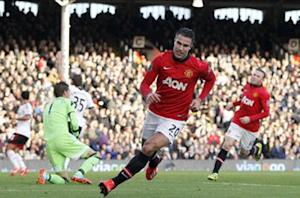 Fulham 1-3 Manchester United: Rooney and Van Persie heap more misery on struggling Cottagers