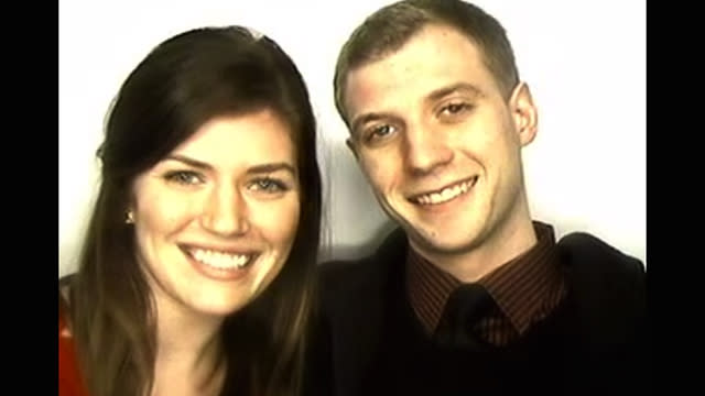This Guy Captured the Exact Moment He Proposed to His Girlfriend in a Photo Booth