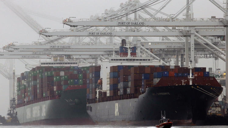 US trade deficit hits $42.3 billion in February