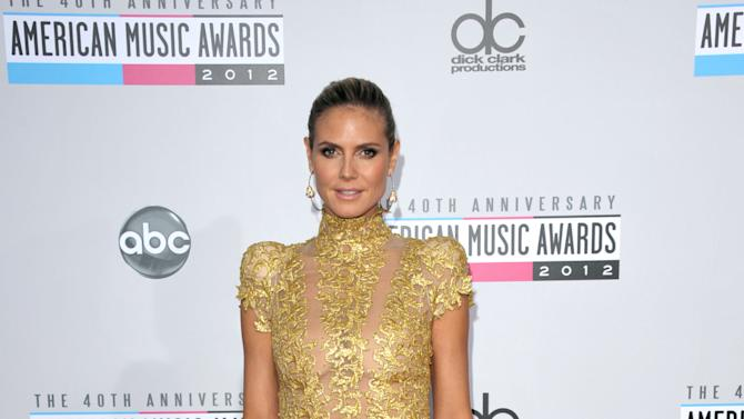 Heidi Klum arrives at the 40th Anniversary American Music Awards on Sunday, Nov. 18, 2012, in Los Angeles. (Photo by John Shearer/Invision/AP)