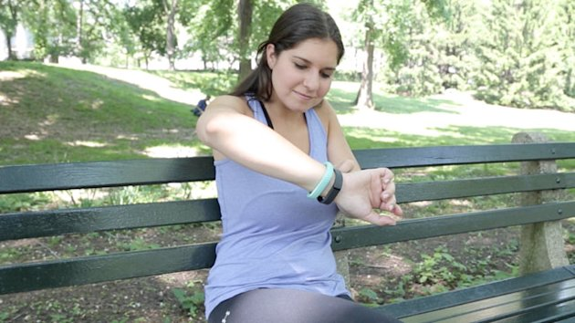 Fitbit Flex vs. Jawbone Up: The Battle of the Fitness Bracelets (ABC News)