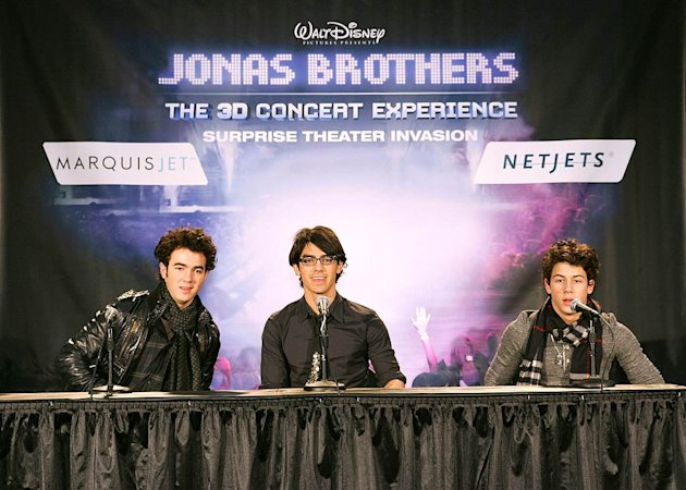 Jonas Brothers Austin Airport