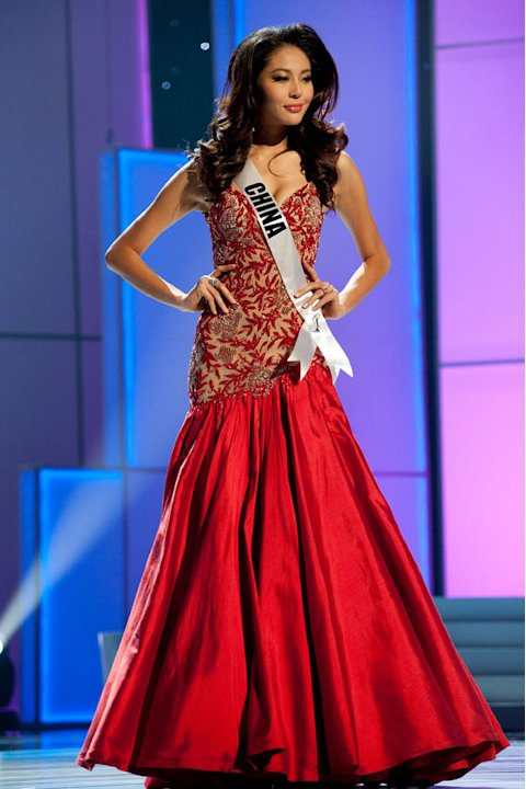 "Miss China 2011, Luo Zilin competes in her choice evening gown, as one of the top 10 contestants, during the ""60th Annual Miss Universe"" presentation show from São Paulo, Brazil."