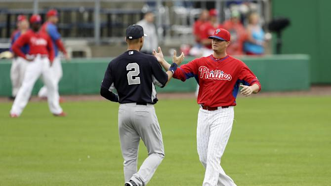Jeter ends 0-for-10 slide as Yanks beat Phils 4-3