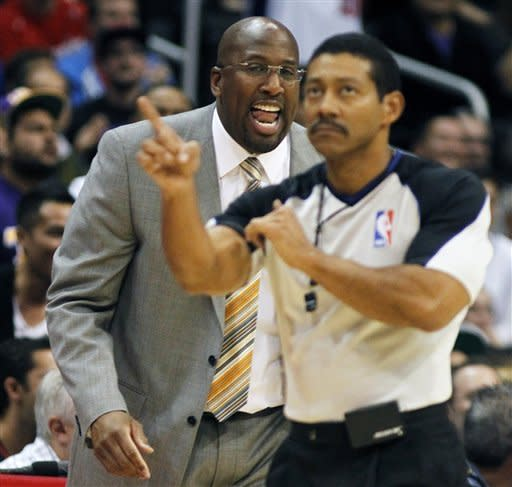 Griffin scores 30 as Clippers beat Lakers 108-103