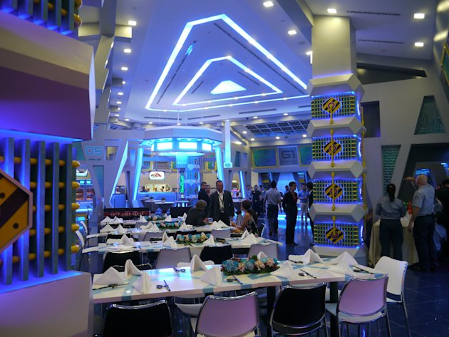 Interior of the Starbot Cafe. (Yahoo! photo/Fann Sim)