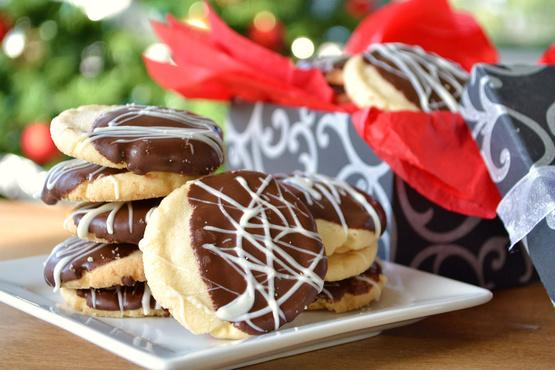 12 Christmas Cookies You Have to Bake This Holiday Season