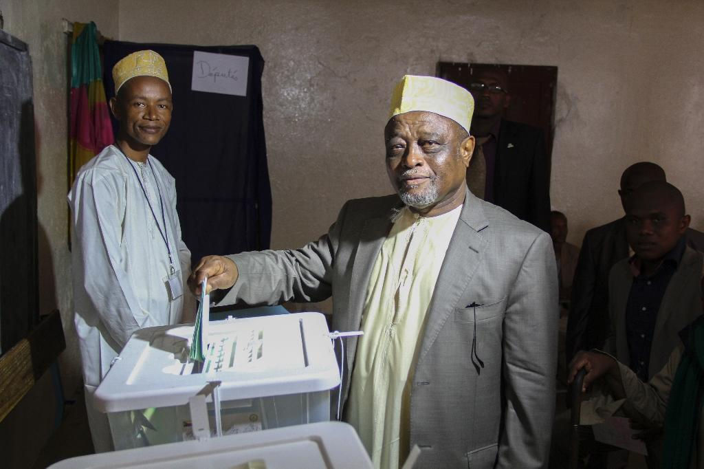 Voters go to polls in Comoros ahead of 2016 presidential race