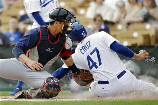 Dodgers' Puig homered, Beckett overpowering