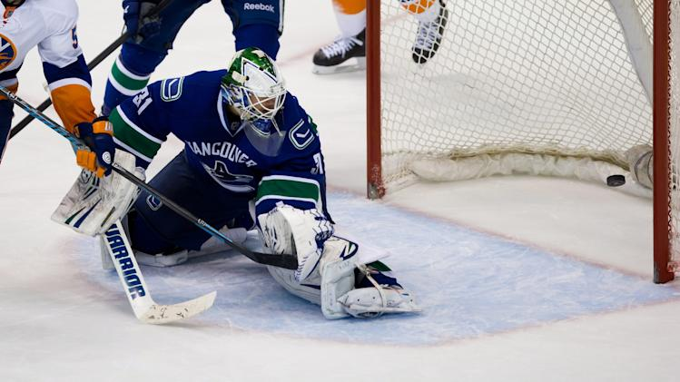 John Totorella attempts to explain Canucks' 'kick in the teeth'…